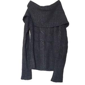4 for $25 🌎 Le Temps Des Cerises Gray Sweater